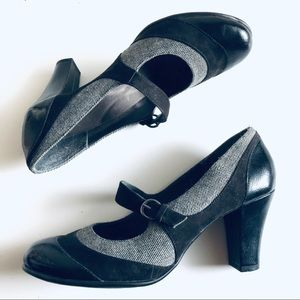 AEROSOLES Baby Doll Mary Jane Leather Plaid Heels